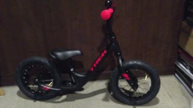 トレック キックバイク3